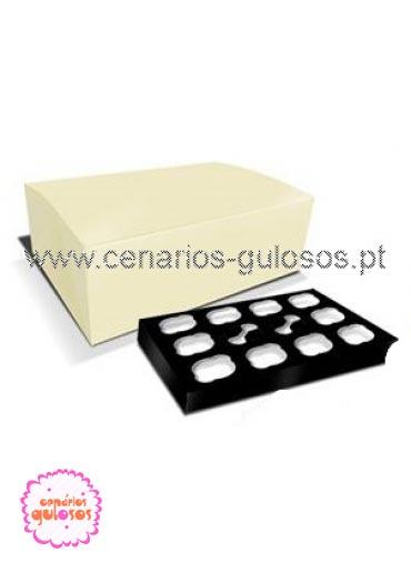 Caixa de 12 cupcakes